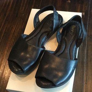 Born Trang Menorca sandals